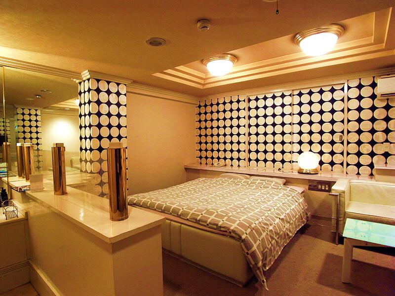 Room:402