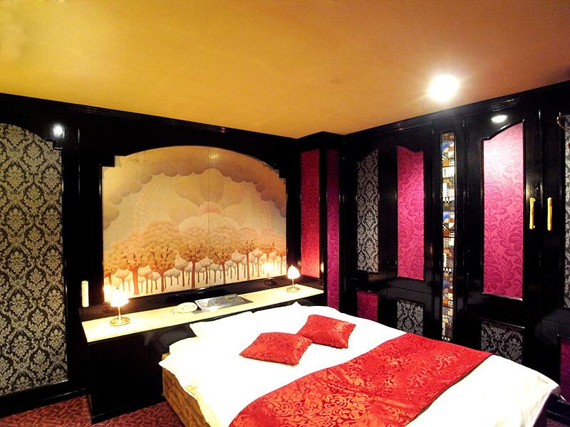 Room:906