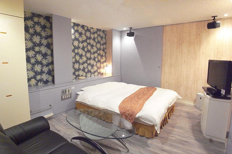 Room:102