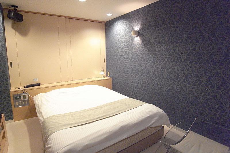 Room:203