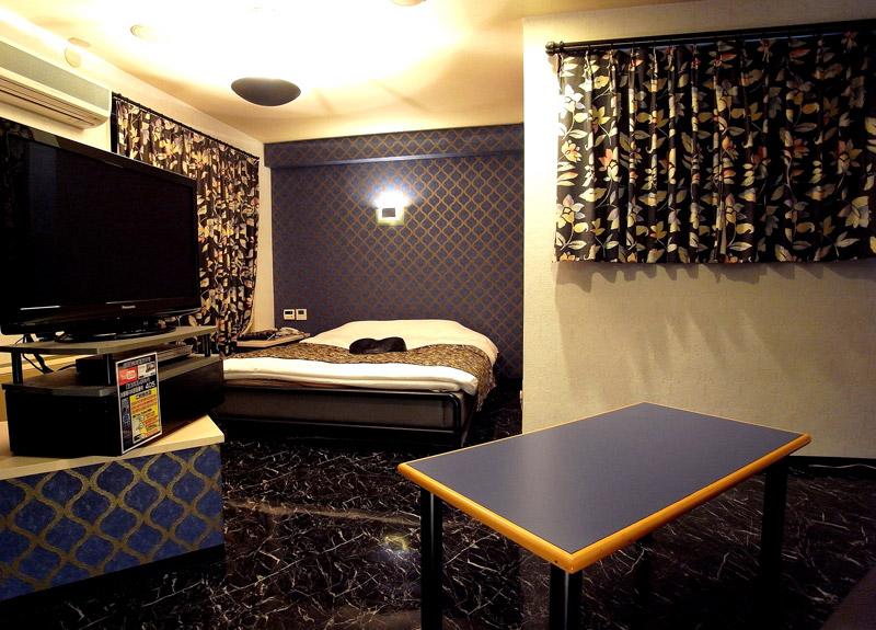 Room:405