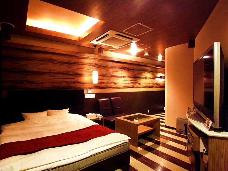 Room:210