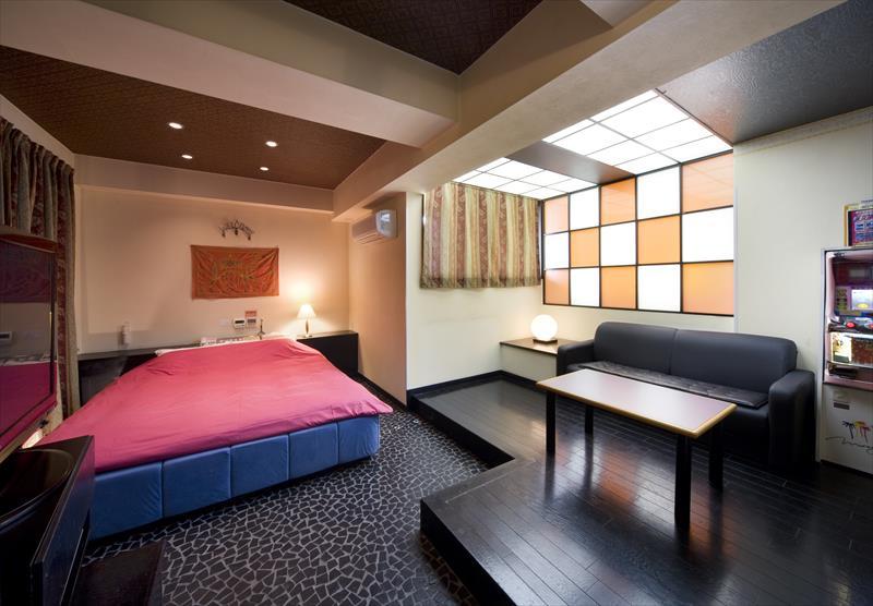 Room:504