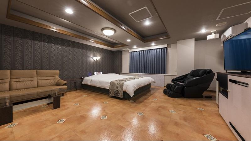 Room:212