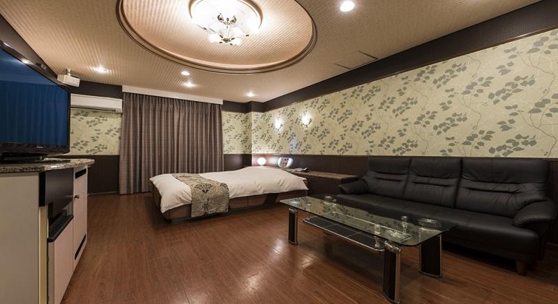Room:320
