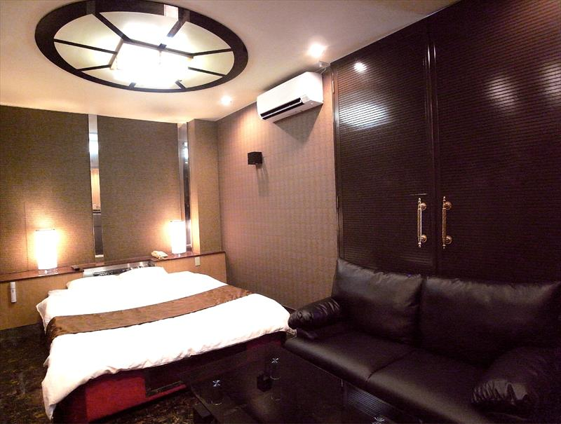 Room:406