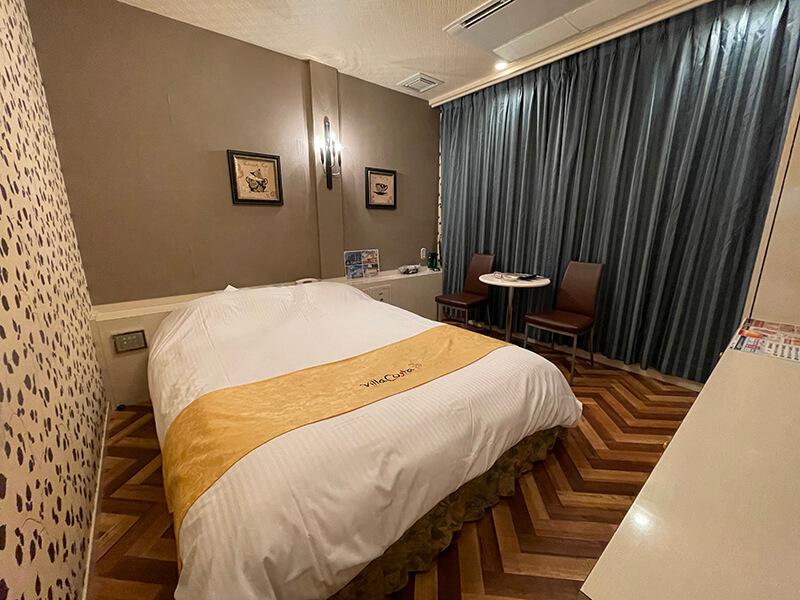 Room:110