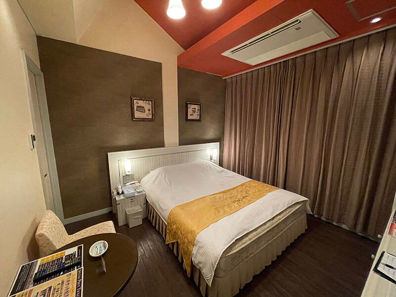 Room:111