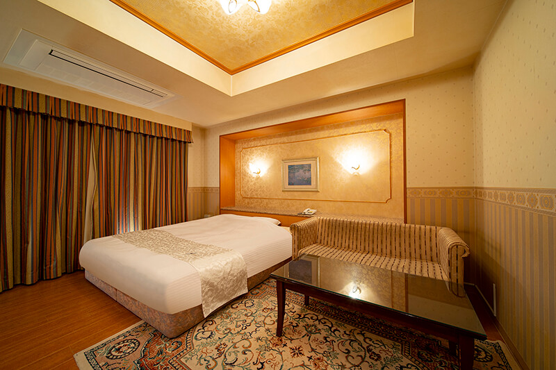 Room:302