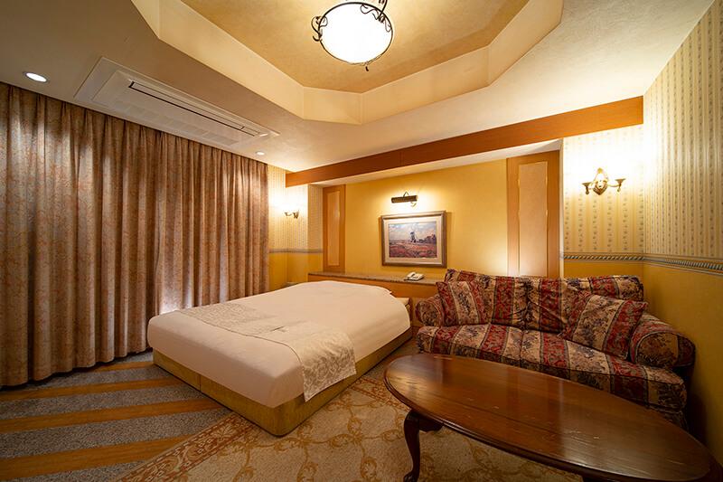 Room:305