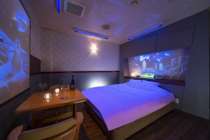 Room:220