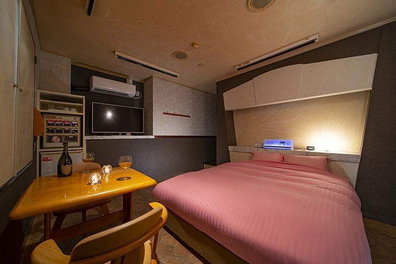 Room:221